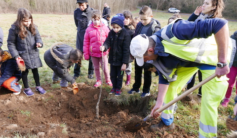 Echange scolaire entre écoles du Tarn e de l'Hérault dans le Parc naturel régional du Haut-Languedoc